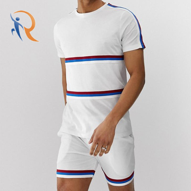 Mens T-shirt With Contrast Mesh Panels RTC10