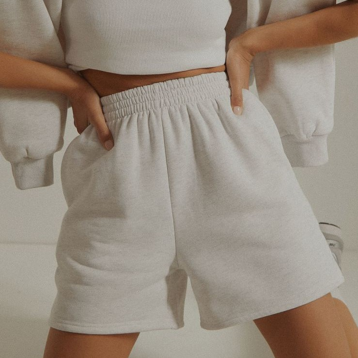 product-Ruiteng-Customized Women Leisure Streetwear High Waist Oversized Sweatshirt Biker Shorts Set