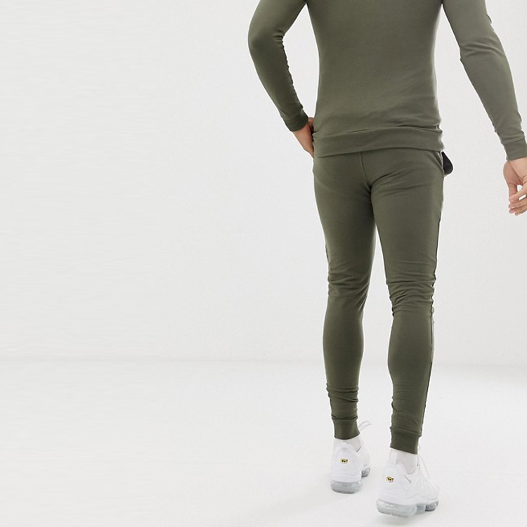 product-Ruiteng-Wholesale Hoodie Reflective Suits Custom Fashion Windbreaker Mens Tracksuit-img