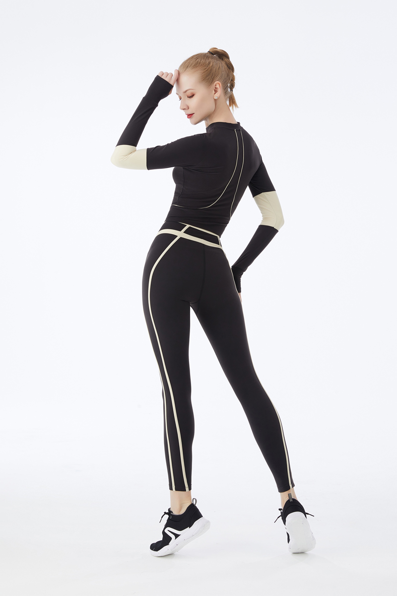 product-Ruiteng-Long Sleeves Women Figure Hugging Yoga Suit Fitness Female Gym Sports Wear-img