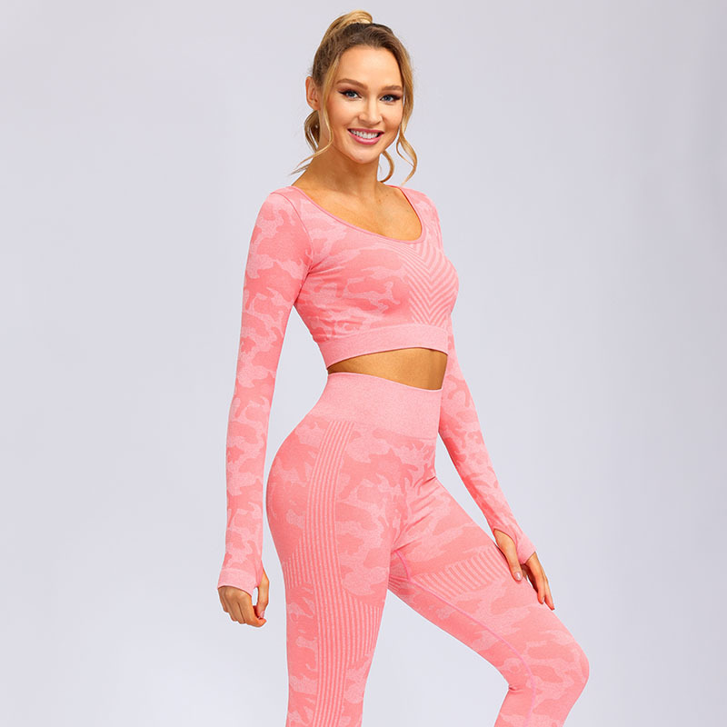 product-Ruiteng-Wholesale Women Extra Soft Non See-Through Compression Seamless Yoga Wear-img