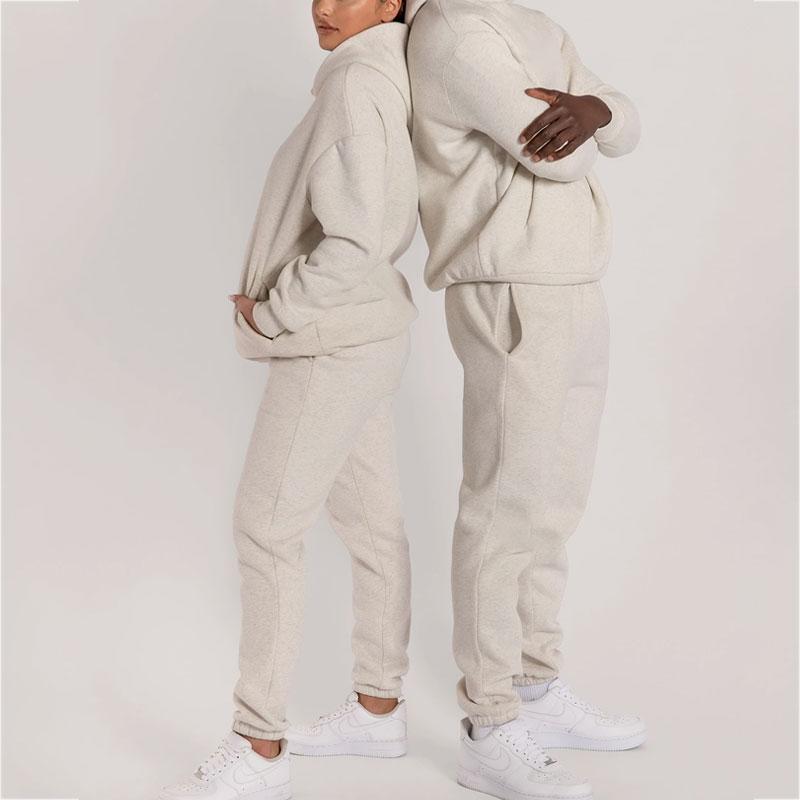 product-Ruiteng-Custom Sport Wear Jogging Printing Casual Unisex Sweatsuit 2 Piece Set Track Suits T