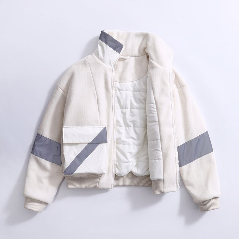 product-Ruiteng-Manufacturer Padded Reflective Contrast Fabric Corduroy White Coat Women Outdoor Jac