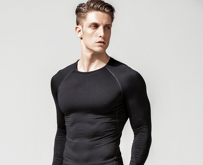 product-Long-sleeved T-shirt round collar black stretch tight solid color slim white autumn coat-Rui