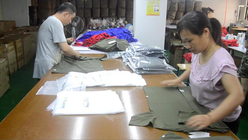 t-shirt packing